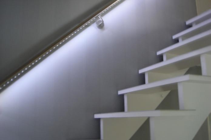 24 treppe indirekte beleuchtung raumgrips ideen und ausf hrungen f r lebensr ume mit weitblick. Black Bedroom Furniture Sets. Home Design Ideas